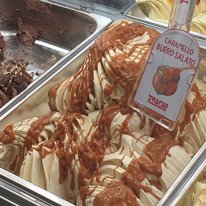 Gelq.it | CARAMEL SALTED BUTTER CREAM Toschi Vignola | Italian gelato ingredients | Buy online | Creamy ripples
